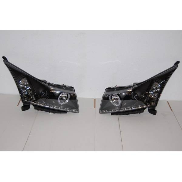 HEADLIGHTS BLACK DAY LIGHT CHEVROLET CRUZE