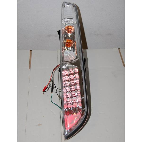 FORD FOCUS '05 REARLIGHTS