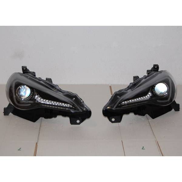 HEADLIGHTS TOYOTA GT 86 2012 DAYLIGHT BLACK XENON