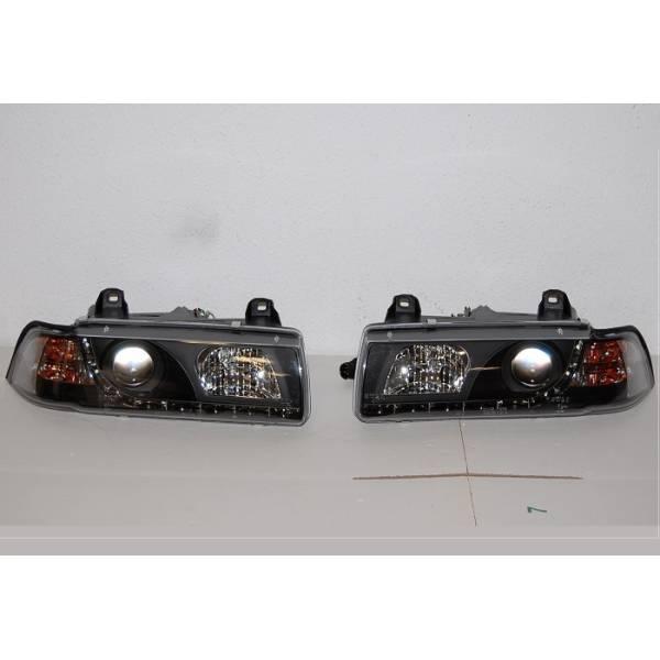 '92 DAYLIGHT FARÓIS BMW E36 4P. PRETO