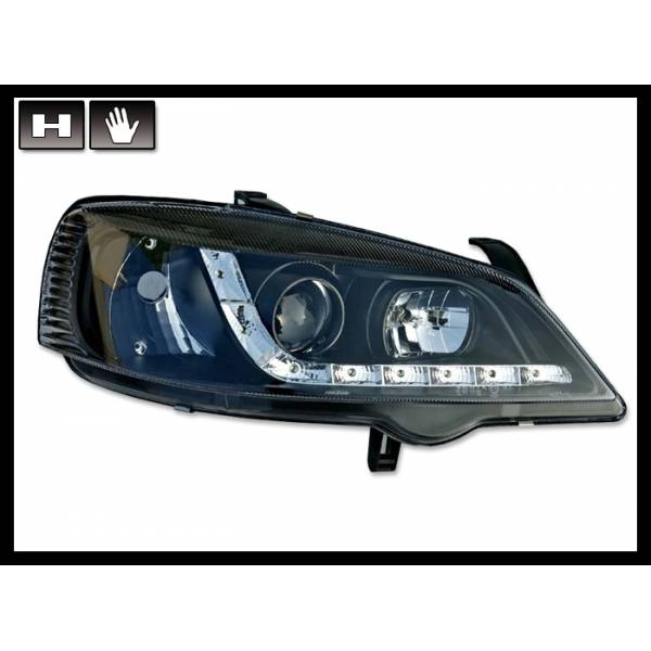 DAYLIGHT HEADLIGHTS OPEL ASTRA G, BACKGROUND IN BLACK