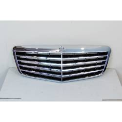 Parrilla Mercedes W211 02-09 Look AMG